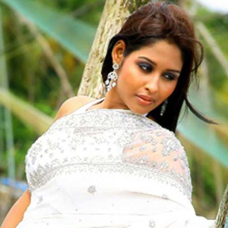 Mollywood-actress-Leena-Maria-Paul-booked-by-Delhi-police-for-conspiracy-fraud-and-other-criminal-charges-pressed-against-her